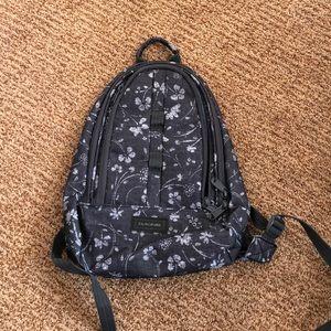 Dakine Women's hiking backpack